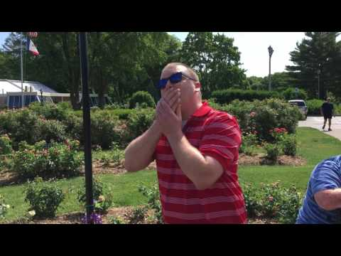 Colorblind Man in Iowa Is Moved to Tears When He Sees Color for the Very First Time in His
