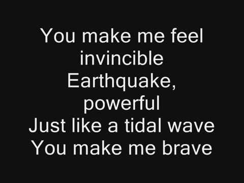 Skillet: Feel Invincible (Lyrics)