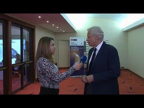 Ο Ντ. Ντε Βιλπέν στο euronews: Η συμφωνία για το ονοματολογικό μπορεί να προσφέρει ασφάλεια στην …