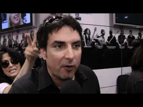Derek Sherinian dropped by the TC Electronic booth on NAMM for an interview.  JOIN US AT:  https://www.facebook.com/tcelectronic http://twitter.com/#!/tcelectronic http://www.tcelectronic.com/