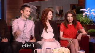Ellen Tries to Set Up Anna Kendrick!