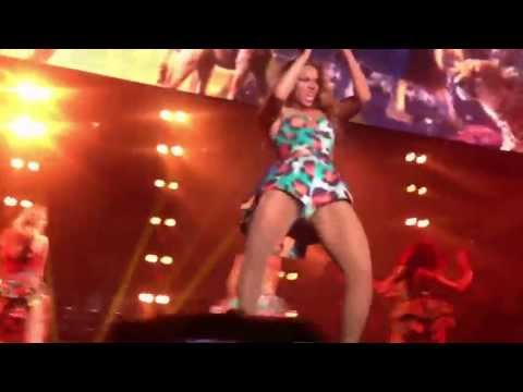 Beyonce Performs New Single Live in Paris