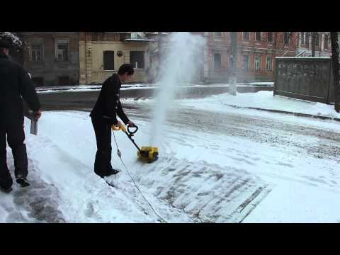 Уборка снега с территории стоимость
