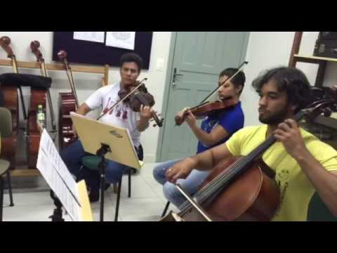 Ensaio com violinista brasileiro Fernando Pereira