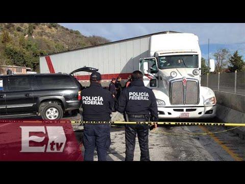 Robo de tráiler desata balacera, persecución y cierre de la México-Querétaro/ Vianey Esquinca