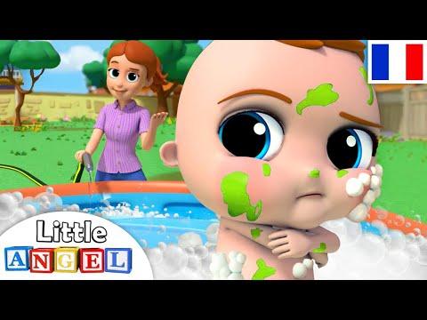 Bébé prend son bain - La Boue - Comptines pour Bébé - Little Angel Français