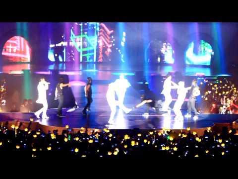 Big Bang Alive Tour 2012 London - Fantastic baby
