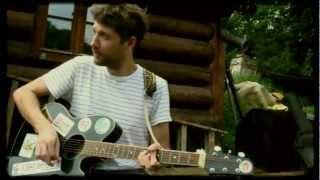 Malá bílá vrána - Mraky  (Official Music Video 2012)