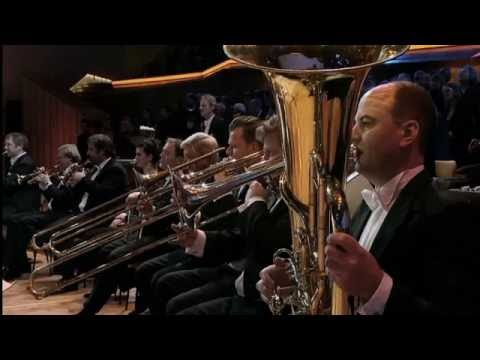 Berlin Philharmonic Live: Addams And Dvorak
