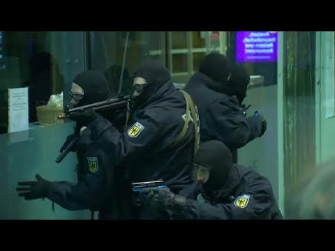 Anti-Terror Übung der Bundespolizei in Frankfurt