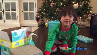 Video Ryan Opens Christmas Presents Early and Leaves Treats for Santa MP3, 3GP, MP4, WEBM, AVI, FLV Maret 2018