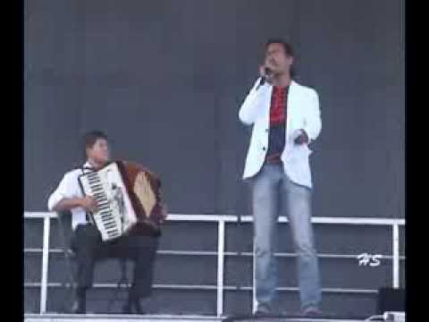 """Langley's International Festival 2013 – The Godfather """" Speak Softly Love  """"  Thái Hòa"""