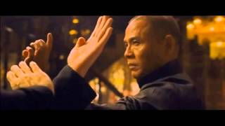 Nonton The Grandmaster - Ye Wen (Yip Man) combatte contro i maestri di Foshan Film Subtitle Indonesia Streaming Movie Download