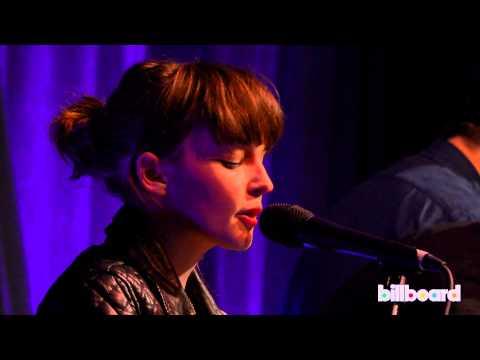 Chvrches - 'Tightrope' (Janelle Monae cover)
