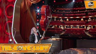 Watch this act, Zeidwig, from The Gong Show 1x5 Celebrity Judges:Rob RiggleKen JeongRegina Hall Watch more acts on The Gong Show Thursdays at 109c on ABC! Subscribe: http://goo.gl/mo7HqT