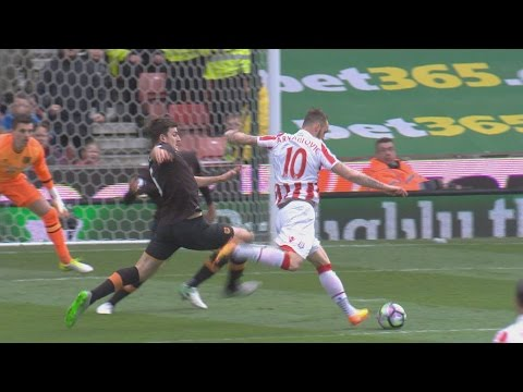 Video: Stoke City too much for Hull City in 3-1 win