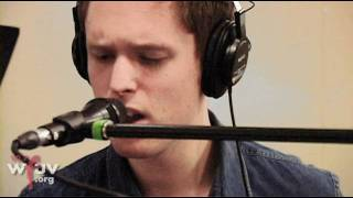 "James Blake - ""Limit to Your Love"" (Live at WFUV) - YouTube"