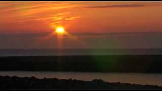 Sun timelapse evening sundown sunset in Hvide Sande Denmark / Zeitraffer Sonnenuntergang
