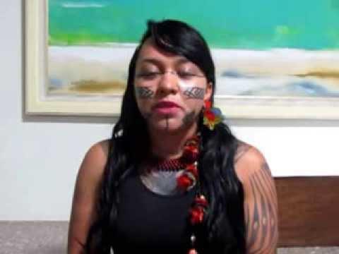 Célia Xakriabá pede apoio a luta pela demarcação do território de seu Povo