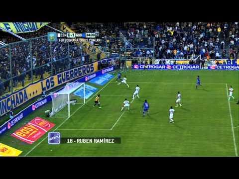 cruz - Rubén Ramírez marcó el 1 a 0 a favor del Tomba frente al Canalla en Rosario.
