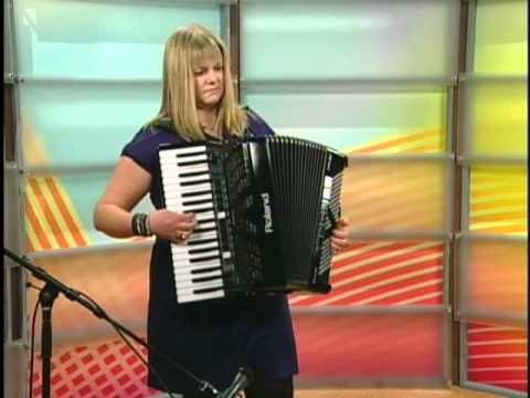 Kimberley Pritchard-Digital Accordion, Roland FR-3x