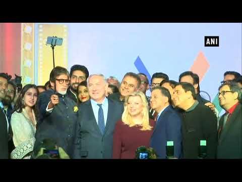 Watch: Israeli PM Netanyahu, his wife Sara take selfie with Bollywood Stars (видео)