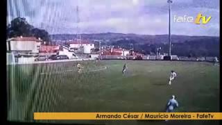 Guarda-redes do Arões marca golo de baliza a baliza.