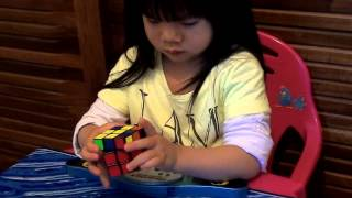 2 years old girl Youngest Rubik's Cube Solver :70 seconds