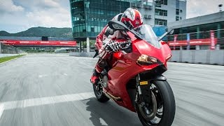 6. 2015 Ducati 1199 Panigale Review