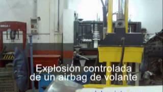 Explosión Airbag (Menudo susto si fuese en un coche....)