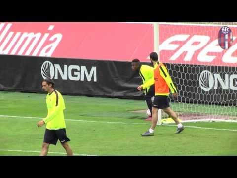 Prijateljska tekma: Bologna - Bologna primavera (video)
