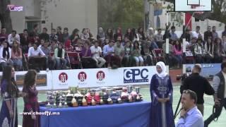 بالفيديو رغم تدهور صحته.. ميلود الشعبي يحتفي بالطلبة بالقنيطرة