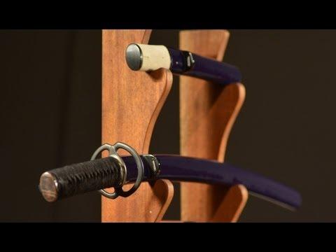 Japanese Sword Mounting (видео)