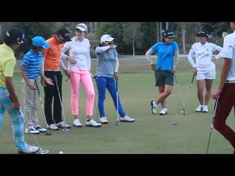 [Australian Golf Schools _ ANK GOLF] Boys vs Girls putting comp