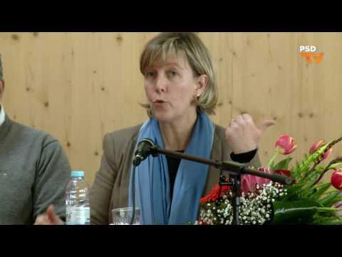 Maria Luís Albuquerque na Conferência da Escola Secundária Dr. Mário Sacramento (Aveiro)