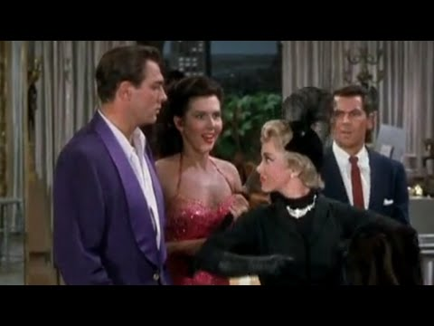 Kitty Hollywood reviews Kiss Me Kate