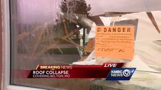 The roof collapsed at a Taco Bueno in Belton after heavy rains early Thursday.Subscribe to KMBC on YouTube now for more: http://bit.ly/1fXGVrhGet more Kansas City news: http://kmbc.comLike us:http://facebook.com/kmbc9Follow us: http://twitter.com/kmbcGoogle+: http://plus.google.com/+KMBC