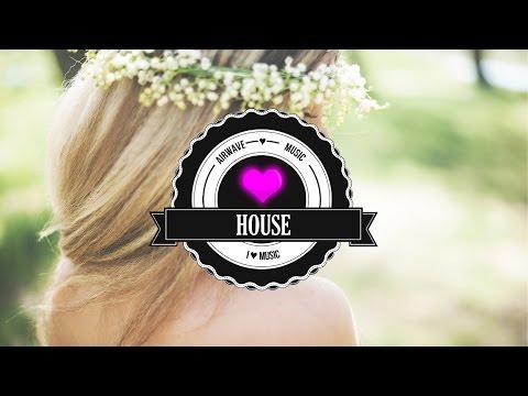 Video Clean Bandit - Rockabye ft. Sean Paul & Anne-Marie (Laced Cake X Alex Vedt Remix) download in MP3, 3GP, MP4, WEBM, AVI, FLV January 2017