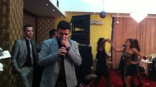 Alban Mehmeti Live 24.12.2011 Restaurant Prishtina (pjesa 2)