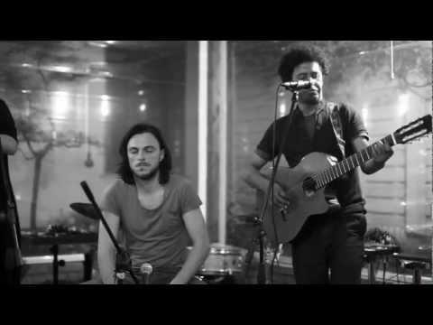 VOLTA AO MUNDO - Elio Camalle & Marco Zanotti feat. Barbara Piperno
