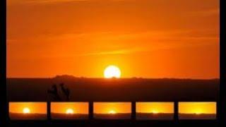 Video Suasana Manusia Sebelum Matahari Terbit Arah Barat MP3, 3GP, MP4, WEBM, AVI, FLV Februari 2019