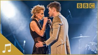 Video Danny and Bo duet 'Read All About It' - The Voice UK - Live Finals - BBC One MP3, 3GP, MP4, WEBM, AVI, FLV April 2018
