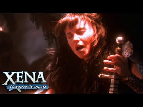 Archangel Xena Fights Archdemon Callisto in Hell | Xena: Warrior Princess