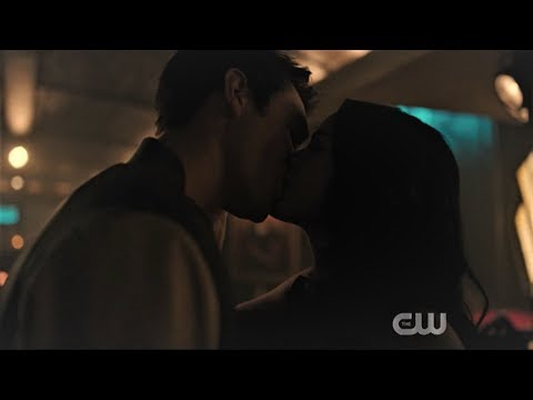 Archie Reunites With Veronica - Riverdale Season 3 Episode 10 [HD]