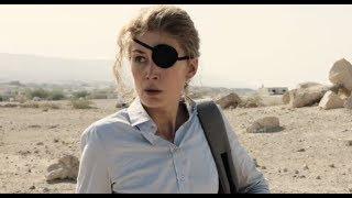 戦場記者メリー・コルヴィンの信念が伝わるシーンが解禁/映画『プライベート・ウォー』本編映像