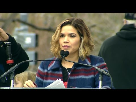 America Ferrera speaks at Women's March on Washington (видео)