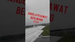 On Board Sriwijaya Air SJ 595 Kendari -Makassar. Boeing 737-300.. Hole on T37-300 window.