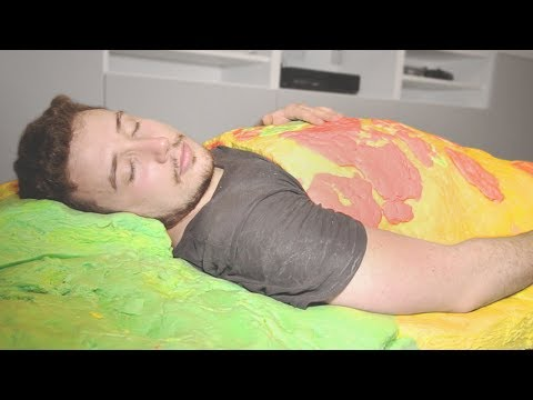 I Made a Bed out of Play Doh & It Was the Best Night's Sleep I Ever Had! (DIY Play-Doh Challenge)