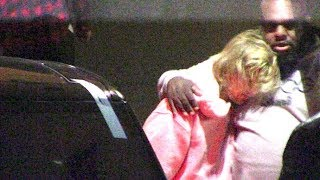 Download Video Justin Bieber DISTRAUGHT After Selena Gomez Suffers Nervous Breakdown MP3 3GP MP4