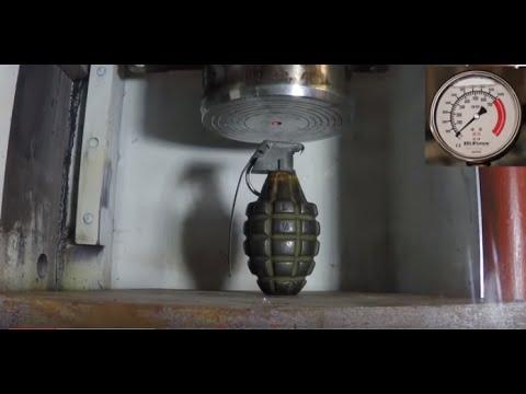 Chuyện gì xảy ra với Quả lựu đạn dưới máy nén 4,2 tấn và nén lại